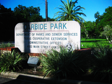 Carbide Park entrance sign